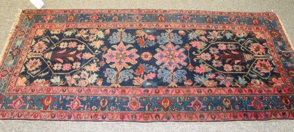 24: Hamadan throw rug