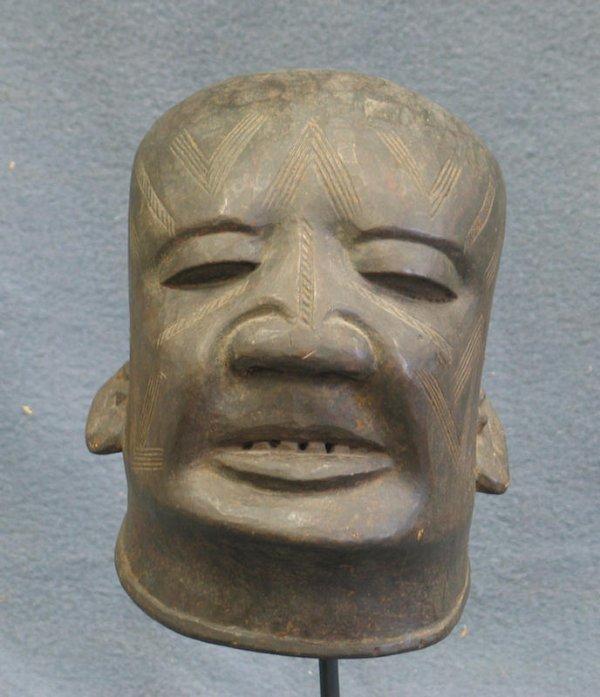 14: Male dance mask, Makonde Tribe, Tanzania (1962)