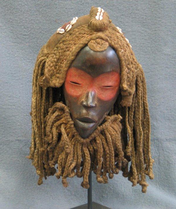 21: Ancestor effigy mask, Yaure Tribe, Ivory Coast (198