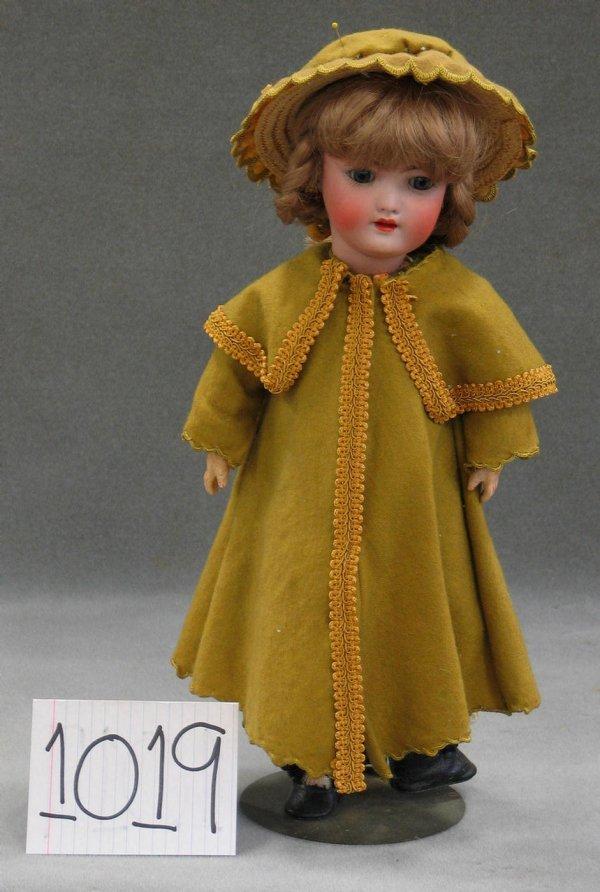 1019: Heinrich Handwerck bisque head child doll