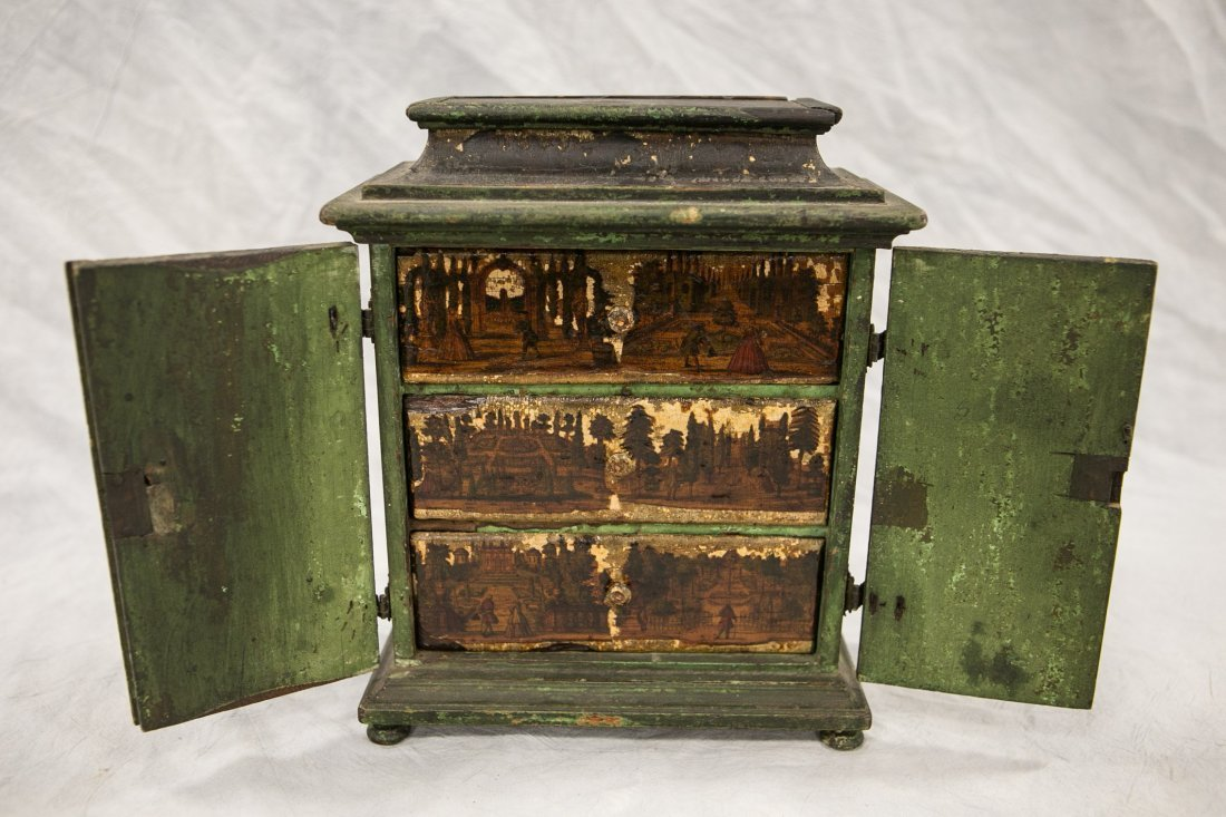 Japanese lacquered jewelry box, 20th C, damaged, - 2