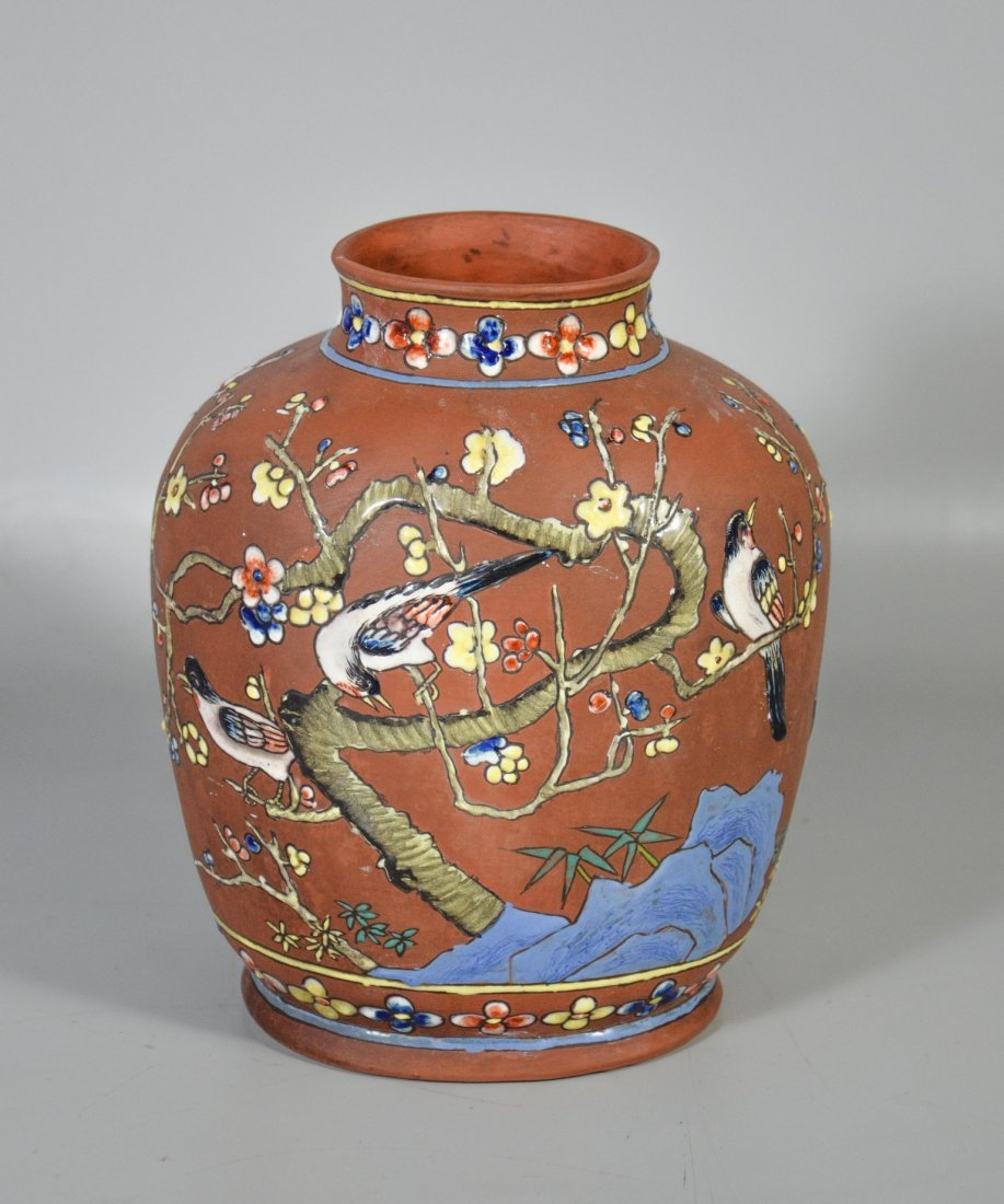 Chinese enameled terra cotta vase, decorated with - 3
