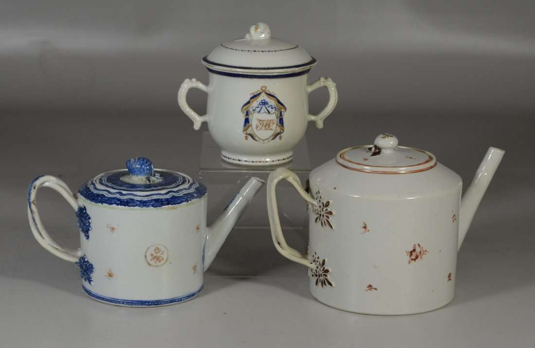 (3) Pieces Chinese Export porcelain, c/o floral