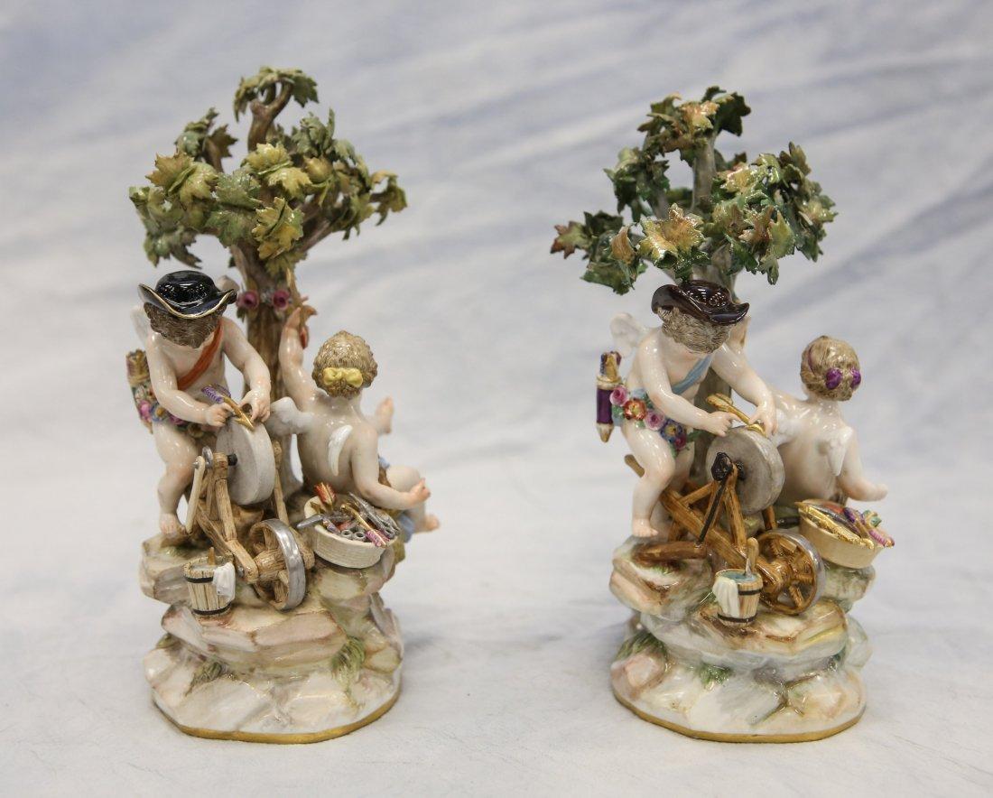 2 Meissen figurines, cherubs with trees, one missing - 3