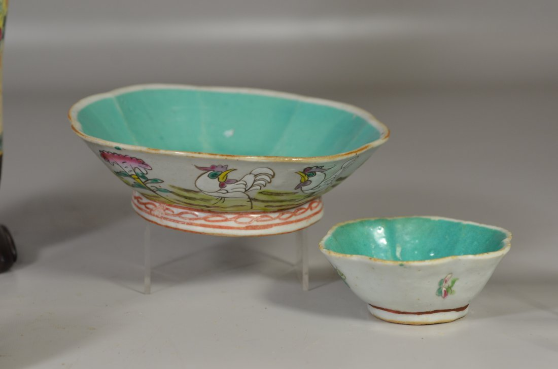 (5) Pieces Asian porcelain, including Famille Rose - 6