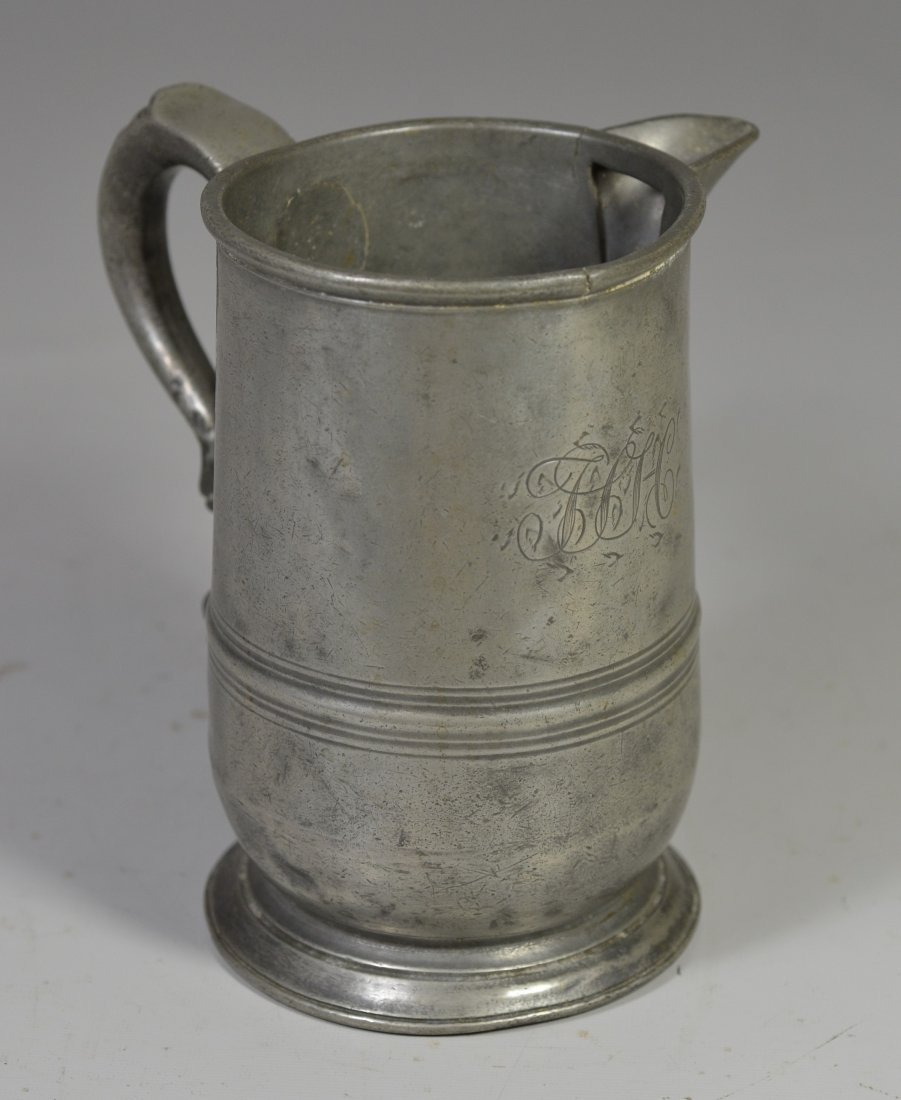 English pewter 1 qt side handled spouted measure, 18th - 2