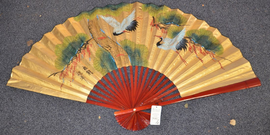 (2) Red lacquer folding fans with handpainted bird - 3