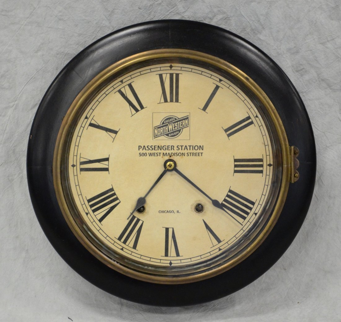 Black lacquer clock, Chicago Northwestern Railway