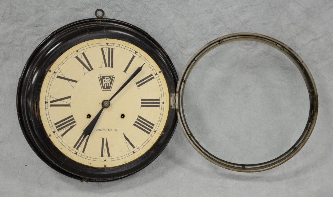 """Black lacquer gallery clock, paper dial """"PRR, - 2"""
