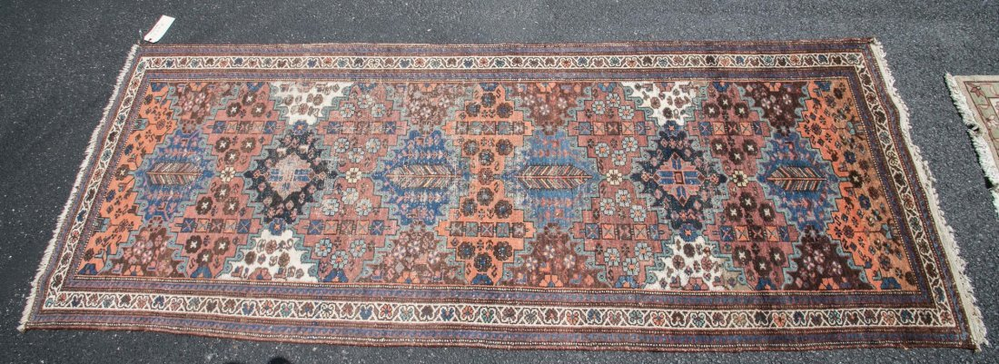 "Semi-antique Persian Heriz rug, 3'6"" x 9'6"""