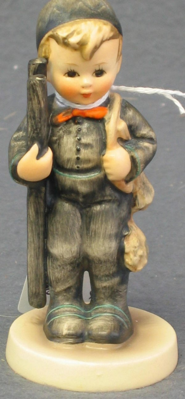 1002: Hummel Figurine, Chimney Sweep