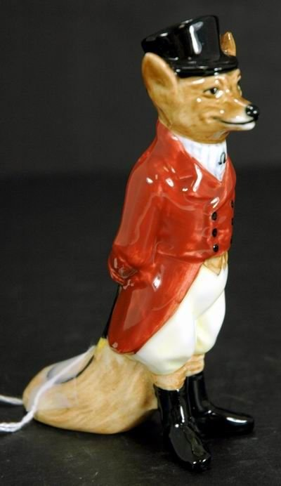 971: ROYAL DOULTON FOX FIGURINE