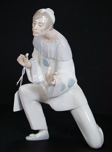 9: LLADRO HARLEQUIN CALLED CHARM 4848