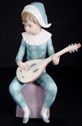 1203: LLADRO MUSICAL HARLEQUIN A NUMBER 5075