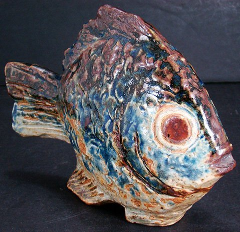 1214: BING AND GRONDEL RARE UNLISTED STONEWARE FISH