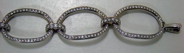 807: 14KT W.G 4.50CT DIAMOND OVAL BRACELET