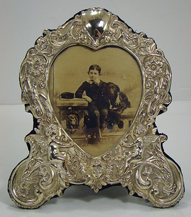 815: ORNATE STERLING SILVER PICTURE FRAME
