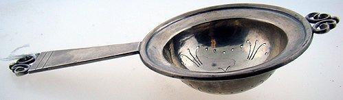 407D: VINTAGE KALO STERLING TEA STRAINER