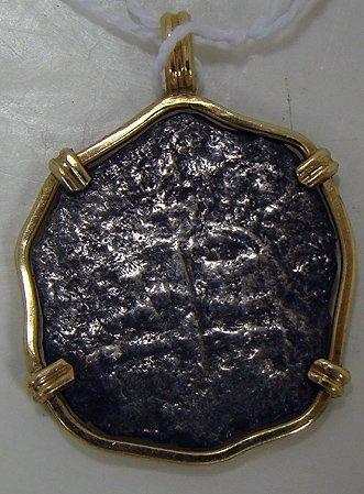 812: SPANISH SHIP WRECK PIECE OF EIGHT GOLD BEZEL