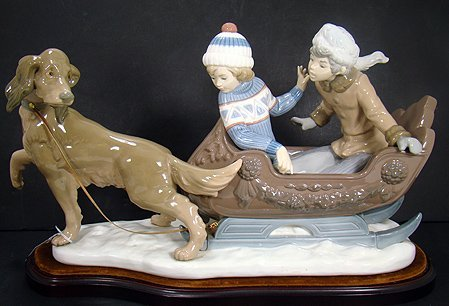 1205: RARE LARGE LLADRO SLEIGH RIDE MINT WITH BASE 5037