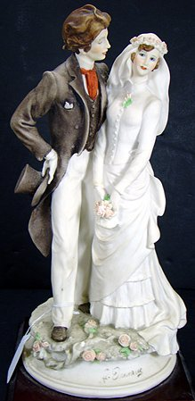 20: ARMANI BRIDE AND GROOM 12 INCHES TALL