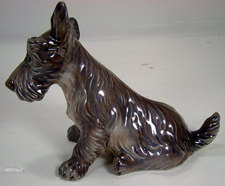 9: ROYAL COPENHAGEN DAHL JENSEN SCOTTIE DOG