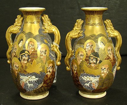 321: SATSUMA PAIR OF ANTIQUE 1000 FACES VASES