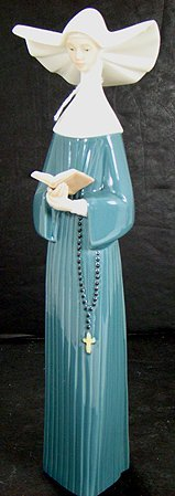 912: LLADRO NUN PRAYERFUL MOMENT BLUE MINT W/ BOX
