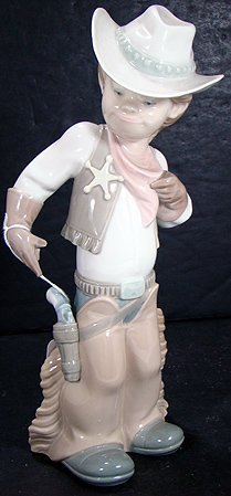 903: LLADRO SHERIFF PUPPET 4969 MINT WITH BOX