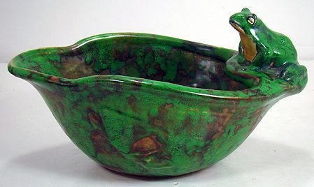 407: WELLER COPPERTONE FROG BOWL WITH FISH ON SIDES