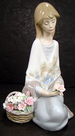 905: LLADRO FLOWER SONG 1989 MUSEUM PIECE NO BOX