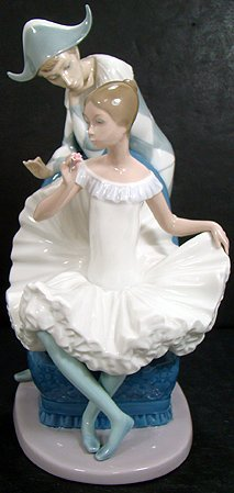 7: NAO BY LLADRO HUGE BALLERINA AND PIERROT