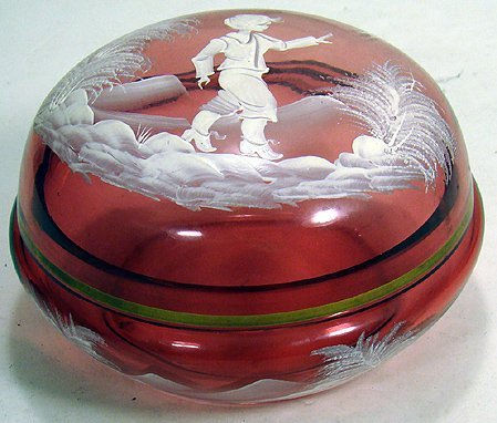 16: CRANBERRY GLASS MARY GREGORY ROUND COVERED BOX
