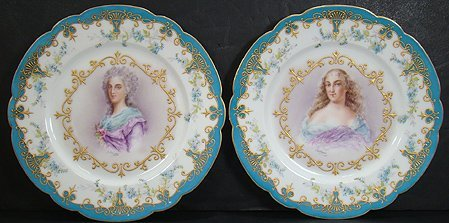 320: PAIR OF 19TH CENT HAND PAINTED SEVRES PORTRAIT PLA