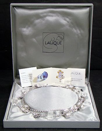 7: LALIQUE CRYSTAL NECKLACE.NEW IN BOX