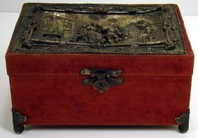 322: ANTIQUE COVERED DRESSER BOX WITH ARTS AND CRAFTS T
