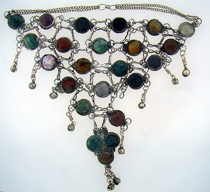 1001: SILVER AND STONE COSTUME NECKLACE