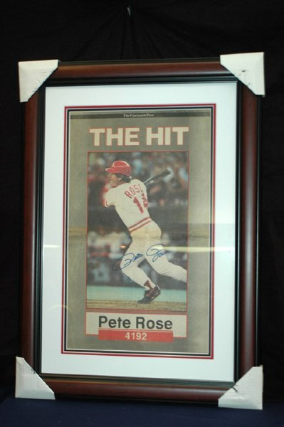 451: PETE ROSE HIT KING AUTOGRAPHED AND DISPLAYED W/COA