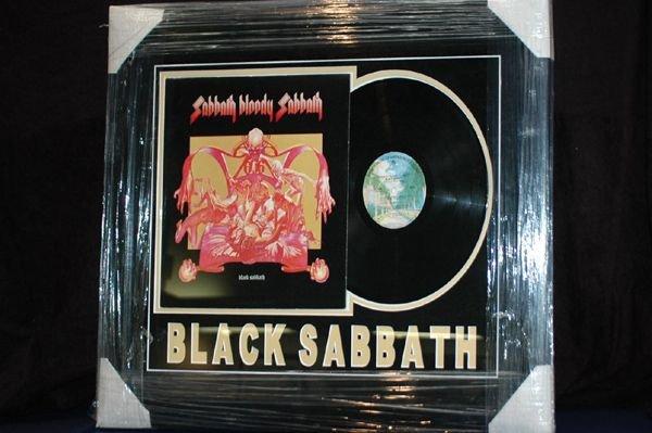 453: BLACK SABBATH ALBLUM DISPLAY