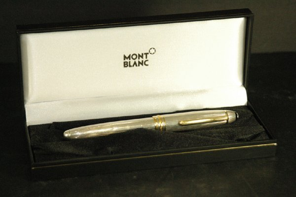 850A: AUTHENTIC MONTBLANC STERLING AND GOLD PEN W/BOX