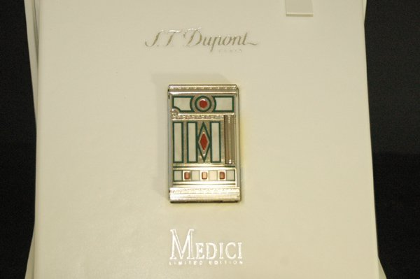 850H: S.T. DUPONT LIMITED EDITION MEDICI LIGHTER BOX/PA