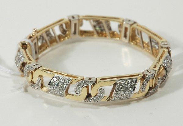 22: DIAMOND BRACELET