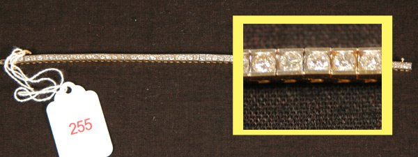 255: DIAMOND TENNIS BRACELET