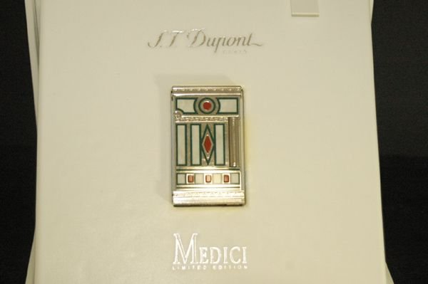 1209: S.T. DUPONT LIMITED EDITION MEDICI LIGHTER BOX/PA