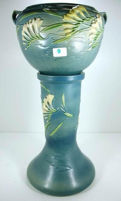 9: ROSEVILLE BLUE FREESIA JARDINIERE AND PEDESTAL