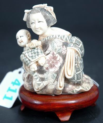 411: LARGE HEAVY IVORY DOUBLE FIGURINE OF A MOTHER AND