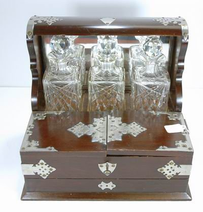804: FABULOUS ANTIQUE MAPPIN AND WEBB TANTALUS SET