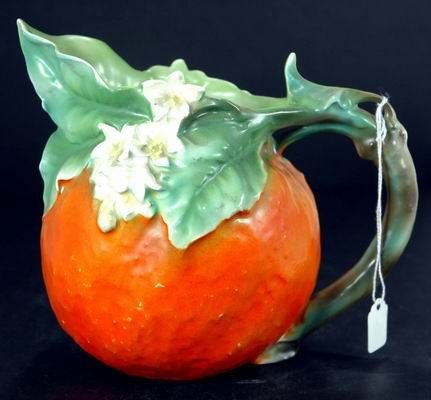 425: RARE ROYAL BAYREUTH ORANGE PITCHER APROX 6 INCHES