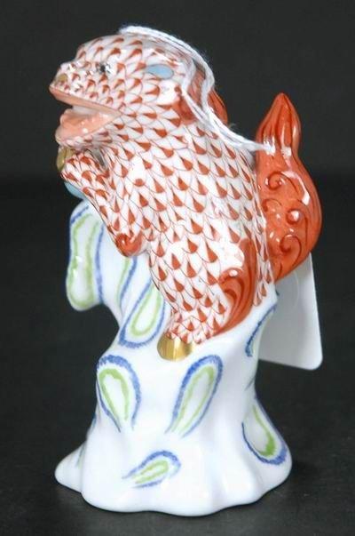 311: HEREND LARGE ORANGE FISHNET FOO DOG 4  1/2 INCHES