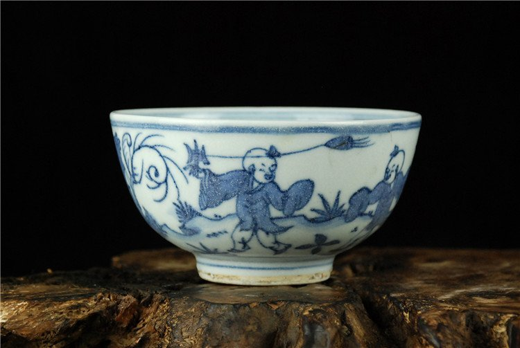 Fine Chinese Porcelain Blue & White Bowl